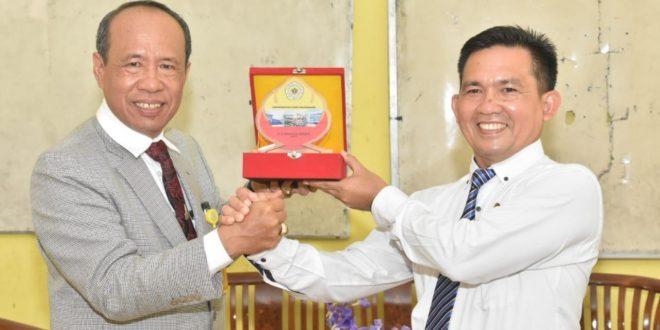 SMAN 4 Prabumulih Jalin Kerja Sama Dengan Universitas PGRI Palembang