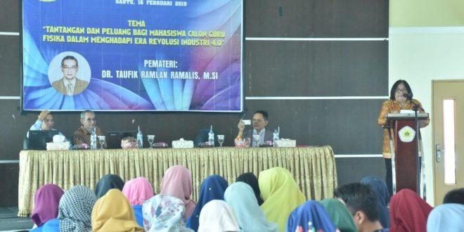 Prodi Pendidikan Fisika FKIP Universitas PGRI Palembang Gelar Kuliah Umum