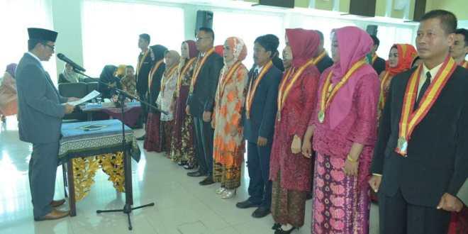 Empat Lulusan PPs Universitas PGRI Palembang Raih Predikat Dengan Pujian