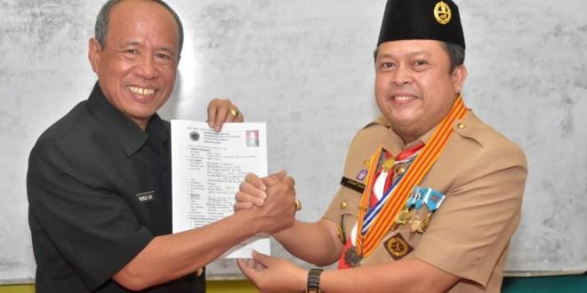 Rektor Universitas PGRI Palembang Kunjungi Para Guru di SMPN 1 Baturaja