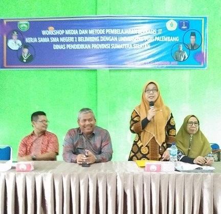 Tingkatkan Kompetensi di Era Digital, Guru SMAN 1 Belimbing Gelar Workshop Kerja Sama dengan Universitas PGRI Palembang