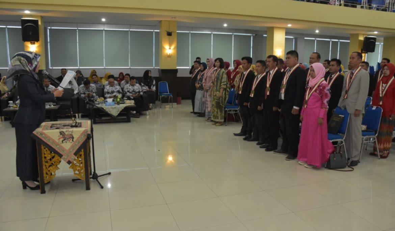 FKIP Universitas PGRI Palembang Yudisium 51 Sarjana Baru dan Lepas 121 Peserta Program PPG