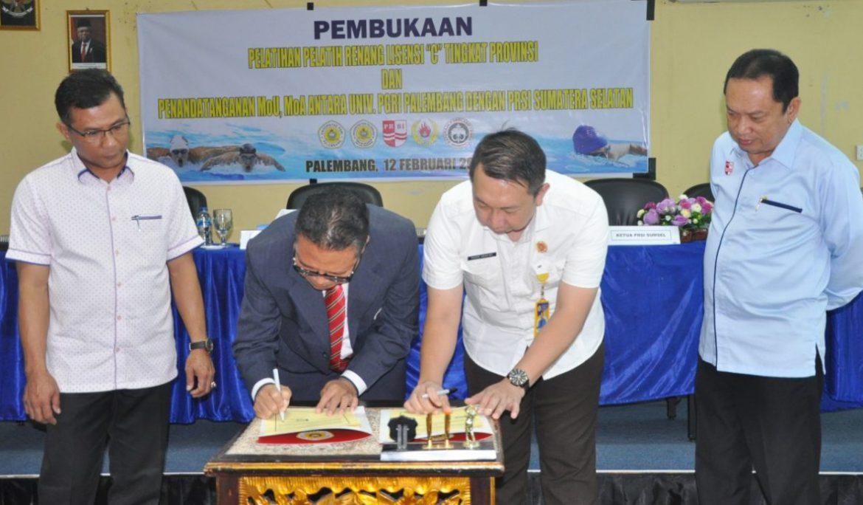 Tingkatkan Kualitas dan Profesionalisme, FKIP Universitas PGRI Palembang Gelar Pelatihan Pelatih Renang Lisensi 'C'