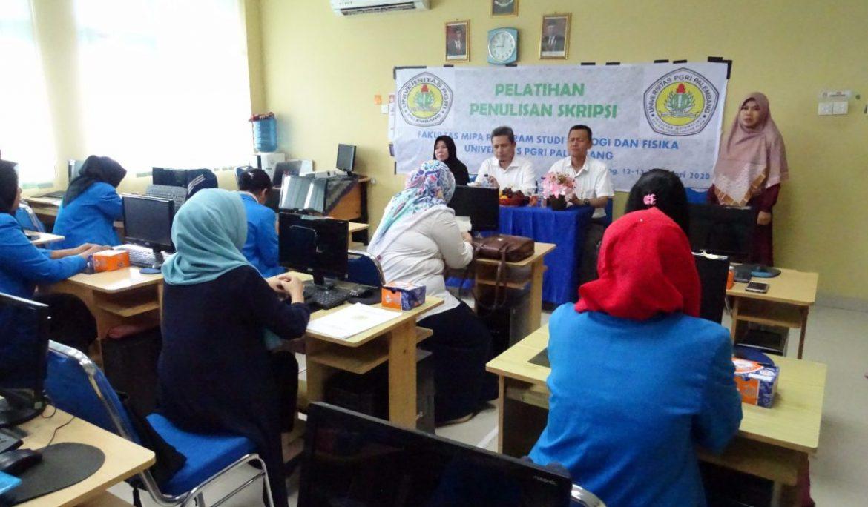Sambut Perkuliahan Semester Genap, Fakultas MIPA Universitas PGRI Palembang Gelar Pelatihan Penulisan Skripsi