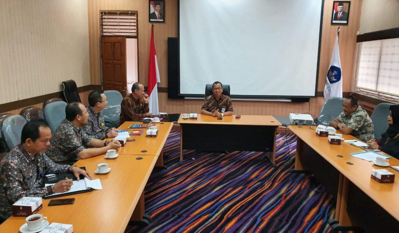 Rektor Universitas PGRI Palembang Lakukan Audiensi ke LLDikti Wilayah II