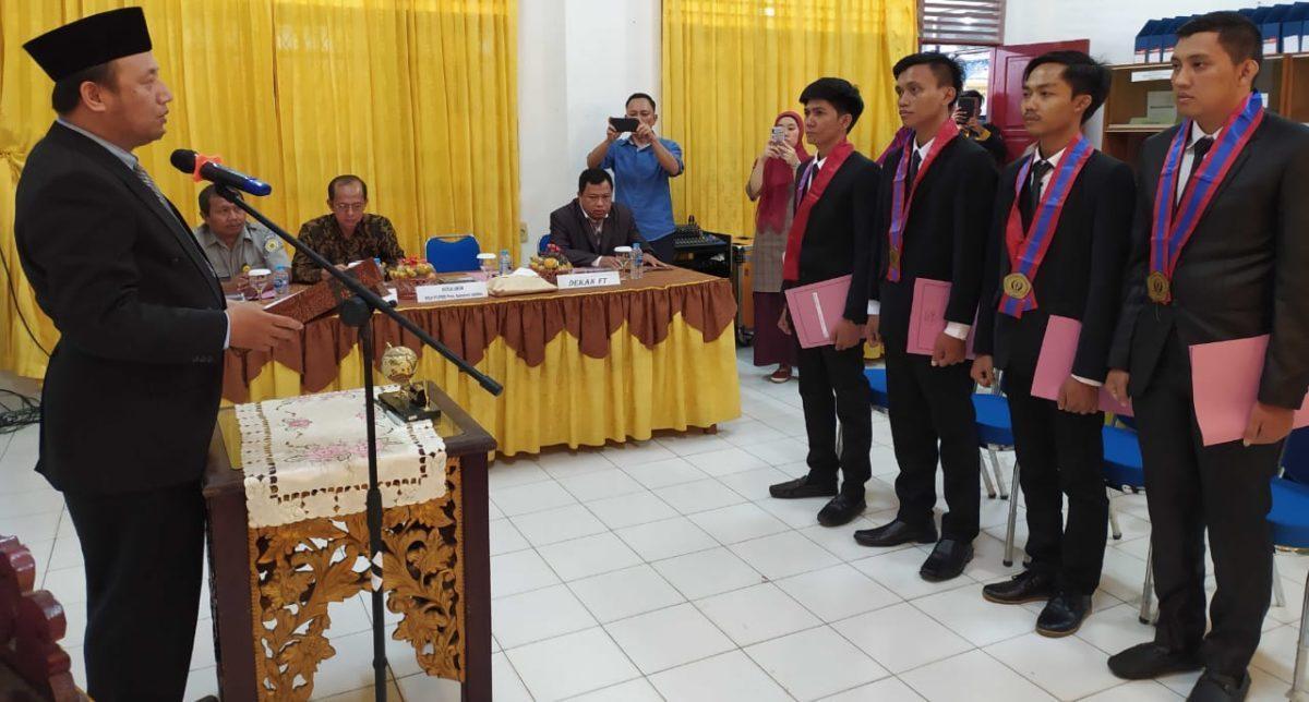 Fakultas Teknik Universitas PGRI Palembang Lantik dan Yudisium Sarjana Baru