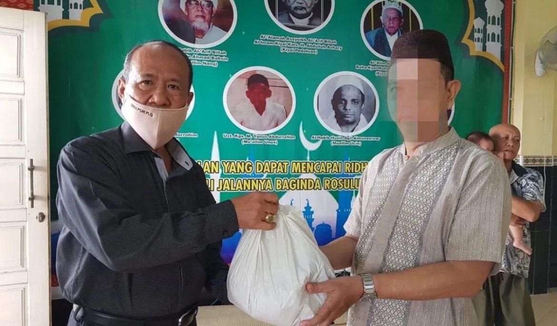 Universitas PGRI Palembang Salurkan Bantuan untuk Warga yang Terdampak Covid-19