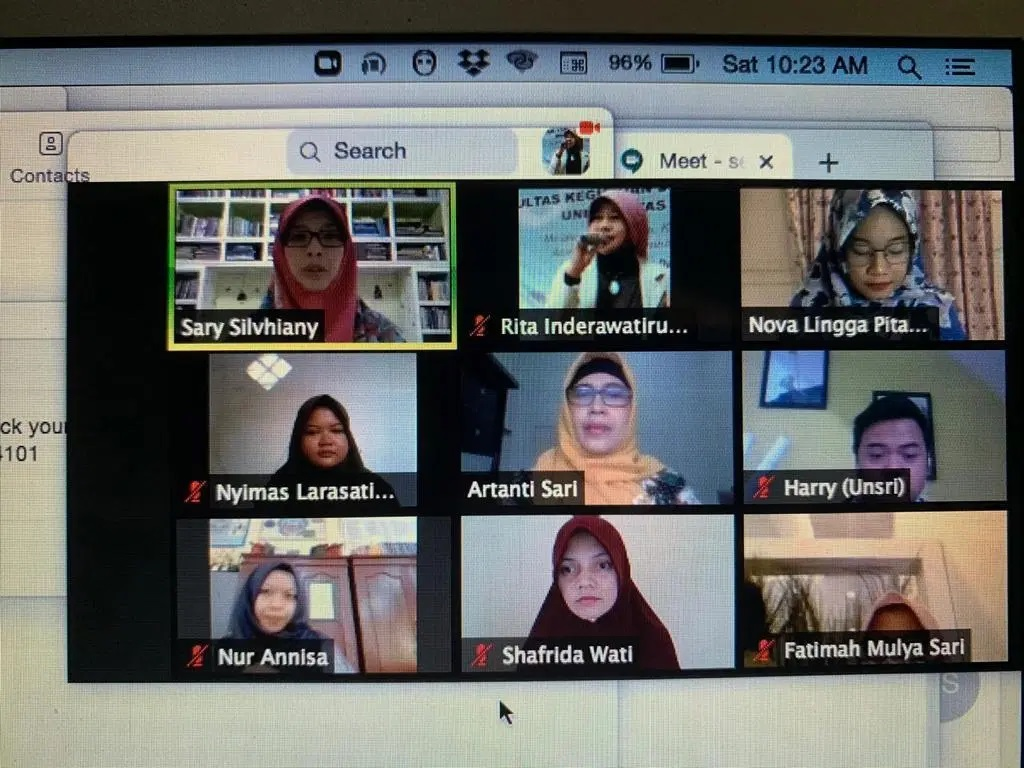 Dosen Universitas PGRI Palembang Menjadi Pemateri SRS-TEFLIN Webinar Series