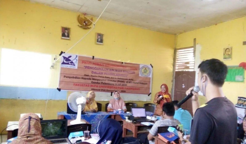 Dosen Universitas PGRI Palembang Sosialisasikan Aplikasi Edmodo di MTs Nurul Hidayah