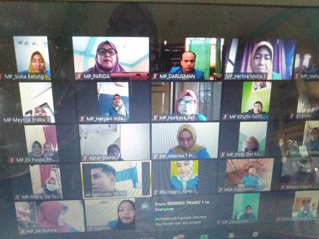 Tingkatkan Kemampuan Mahasiswa dalam Menulis Karya Ilmiah, PPs Universitas PGRI Palembang Gelar Workshop