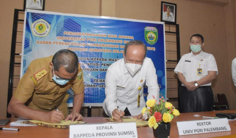 MoU Ditandatangani, Universitas PGRI Palembang dan Bappeda Sumsel Resmi Jalin Kerja Sama