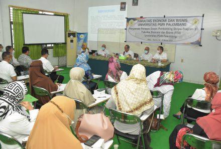 FEB Universitas PGRI Palembang Gelar Penyamaan Persepsi Dosen Pembimbing Skripsi Program S-1